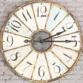Eine antike Uhr. Ein Symbol für Kooperation mit Partnern. Eine Leistung der Buchhaltung in Dresden.
